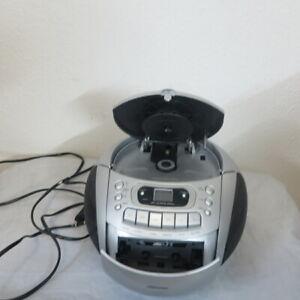 Medion CD-Player Radio Kassettenspieler Tragbar #S.171