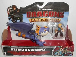 Spin Master DreamWorks Dragons: ASTRID & STORMFLY Dragon Race to the Edge 4+ NiB