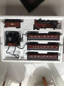 Harry Potter Hogwarts Express Lionel O-Gauge Train Set 7-11020