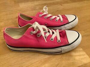 Converse Unisex Chuck Taylor All Star Ox Low Shoes Pink M9007 c women's 6 men 4