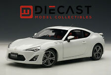 "AUTOART 78773 TOYOTA 86 GT ""LIMITED"", ASIAN VERSION/RHD, WHITE PEARL,1:18TH"