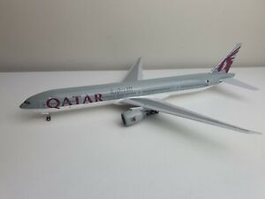 Qatar Airways 1/200 Boeing 777 Reg:A7-BAL