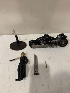 Final Fantasy VII 7 CLOUD STRIFE FENRIR Motorcyle Play Arts Action Figure