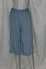 Light Blue Chambray Wide Leg Capri Pants Size: M