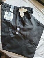 Dockers Men's Relaxed Fit Signature Khaki Lux Cotton Stretch Pants Pleated Black