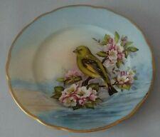 Assiette porcelaine de Limoges décor oiseau peint à la main signé Atelier d'Art