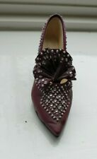 Raine-Just The Right Shoe Collectable -Majestic 25039