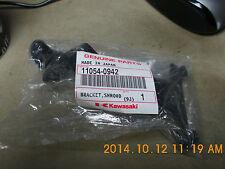 GENUINE KAWASAKI  Z750  ZR750 2008  BRACKET,SHROUD,LEFT HAND   11054-0942