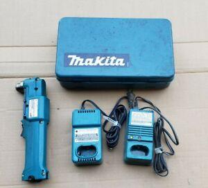 MAKITA DA3000D 7.2V CORDLESS ANGLE DRILL W/DC7010 CHARGER & CASE