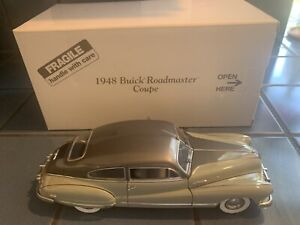 DANBURY MINT 1948 Buick Roadmaster Coupe With box