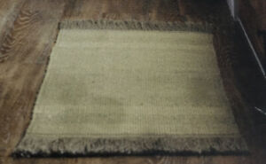 """Hearth & Hand Handwoven Jute Accent Rug 24"""" x 36"""" Natural W/Gray Fringe NEW -Sy"""