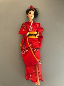 1984 Japanese Barbie doll of the world DOTW  Orig Outfit 80's