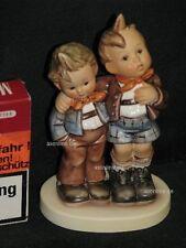 """Hummel Manufaktur Figur 123 """"Max und Moritz"""", zwei Kinder nebeneinander"""