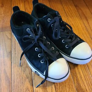 UGG Womens Sneaker Shoes 1888 Black Suede Size 7.5 Sheepskin Sherpa Lined