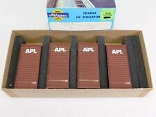 HO Scale Athearn 2056 SET - 4 APLS APL Beveled 20' Containers 285361