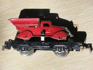 PREWAR RED MARX 562 FLAT CAR DUMPING TRUCK **** ORIGINAL !