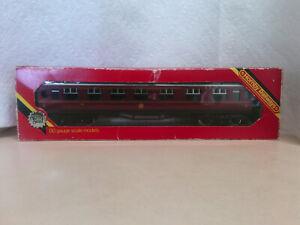Hornby Railways LMS Passenger Coach 57 Composite Silver Seal R433 HO/OO