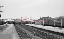 PHOTO  ABERYSTWYTH RAILWAY STATION GWR 1965 VIEW ABERYSTWYTH AND WELSH COAST RAI