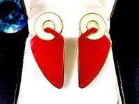 FAB 1970'S TRIFARI GOLD-TONE GLOSSY RED & CREAM ENAMEL MOD PIERCED EARRINGS