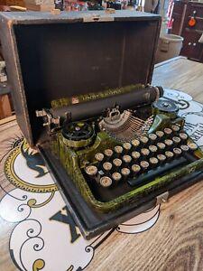 Antique 1920's Underwood RARE WOODGRAIN Standard Portable Typewriter Case VIDEO