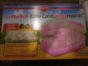 Kaytee Crittertrail Easy Clean Habitat Pink Edition