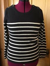 Tommy Hilfiger Women's Gray/black Striped Long Sleeves Sweater Large
