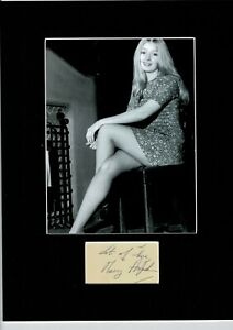 MARY HOPKIN THOSE WERE THE DAYS TOP QUALITY SIGNED  AUTOGRAPH DISPLAY UACC