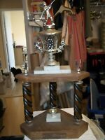 """VINTAGE FIREMATIC FIREMAN WITH HOSE AWARD TROPHY 27-1/2"""" TALL 14"""" WIDE 10"""" DEEP"""