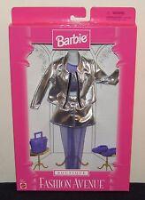 Barbie Fashion Avenue Boutique Outfit 1997 #18127 Silver & Purple 18126