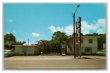 Vero Beach, FL postcard Oceanaire Motel on U.S. 1, 1021 Miracle Mile, 1950s view