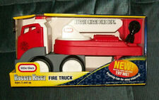 Little Tikes Rugged Riggz FIRE LADDER TRUCK SEMI NEW IN PACKAGE 2005 VHTF