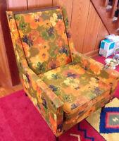 Vintage Bassett Prestige Eames Era Floral Mid Century Modern Lounge Club Chair