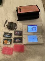 Nintendo DS Lite White Console With 4 Games Carry Case And Charger. See Pictures