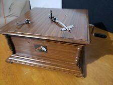 Used Replica Gramophone Player 78 rpm phonograph HMV Vintage Wind Up
