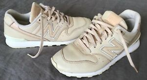 New Balance Womens WR 996 Retro Cream Leather Sneakers Size 7US