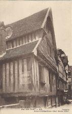 lisieux rue aux fèves  maison du XVe siècle    calvados...14 .....