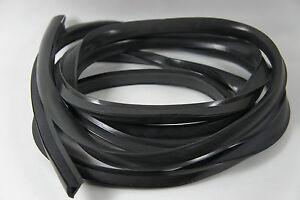 VESPA Side Panel Rubber Black (for 2 sides)