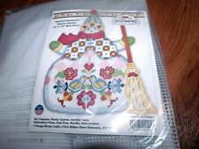 "Jim Shore QUILTED SNOWMAN Plastic Canvas Kit 14"" x 18""  Design Works HTF"