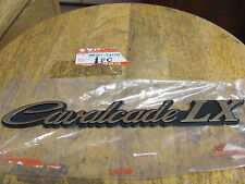 NOS OEM Suzuki Cavelcade LX GV1400 LH Saddlebag Emblem 68261-24A10
