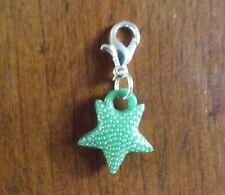 charms argentée étoile verte 17x15 mm