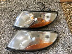 Turn Signal / Side Marker Light Assembly Front Left  fits 99-03 Saab 9-3