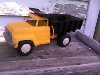 1960's Hubley dump truck by original owner