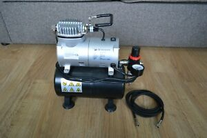 Airbrush compressor, model AS186 (used, excellent condition)