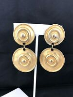 Vintage Earrings Hammered Gold Tone Clip Classic Retro Design 1A