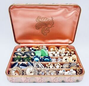Vintage to Mod Jewelry Lot Earrings Clip Screw Glass Rhinestone Lucite With Box