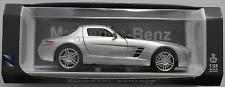 NewRay - 2010 Mercedes-Benz SLS AMG silbermet. 1:24 Neu/OVP