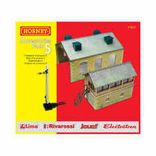 R8231 Hornby TrakMat Accessories Track Pack 5 OO Gauge Signal Box Engine Shed