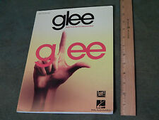 "(FOX TV) glee - Sheet Music - Songbook [Hal Leonard] ""Don't Stop Believin'_Halo"""