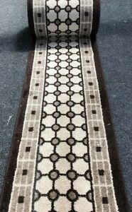 "Brown/Beige Tile Saxony Runner 62cm (24"")Wide.Rug/Washable/Hall/Stairs"