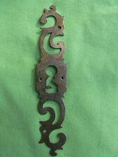 Entrée serrure porte fer forgé ouvragée Louis XV ancienne hauteur 18,2 cm